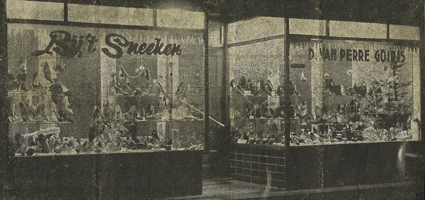 Etalage 't Sneeke anno 1945